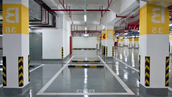 Garaje tras nuestro servicio de limpieza en Castellón